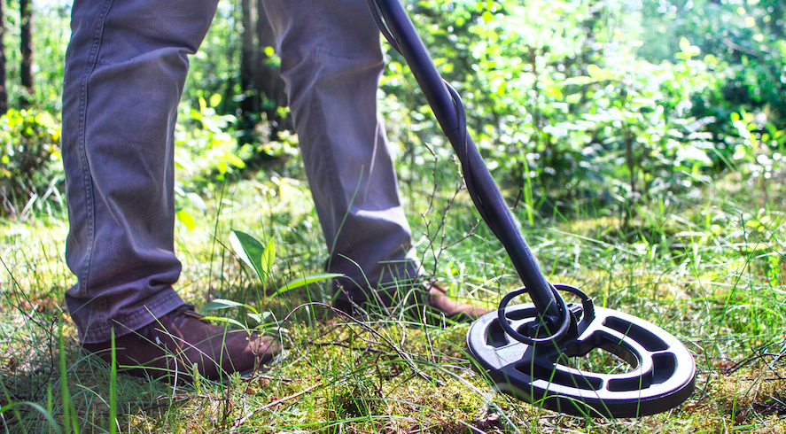 What Can You Find Metal Detecting On Hiking Trials?